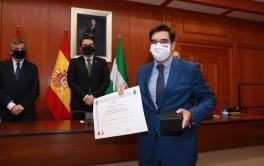 Emacsa recibe la Medalla de la Policía Local de Córdoba por su permanente colaboración